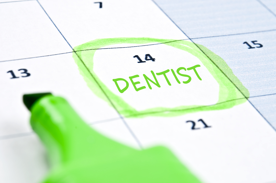 Calendar-mark-with-Dentist